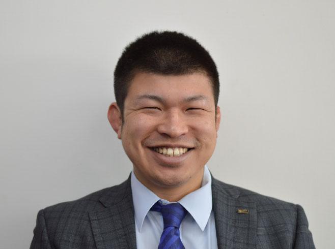 松山の大学を卒業した人の写真